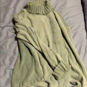 J.Jill Crop sweater moss green color